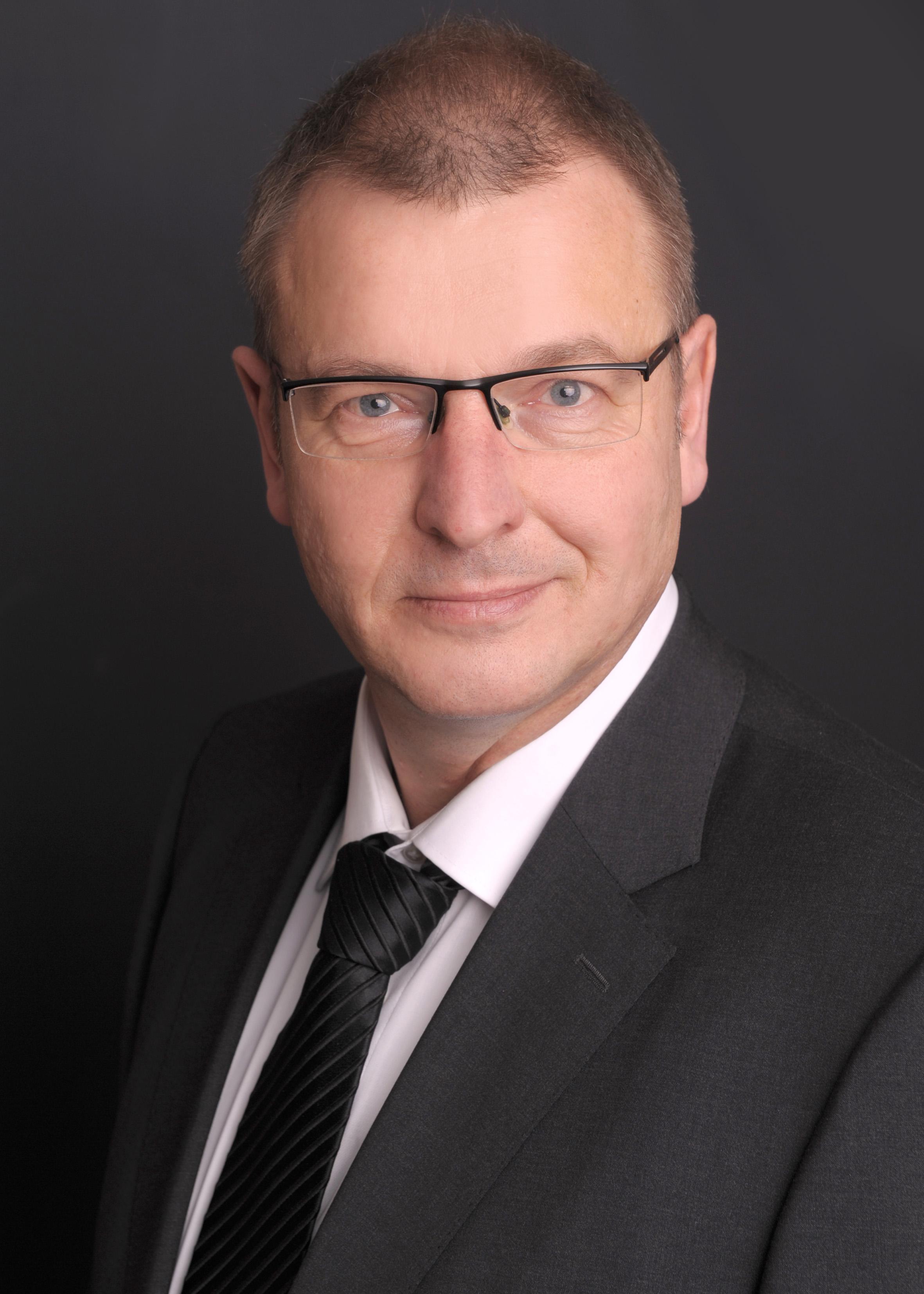 Dirk Schomacher