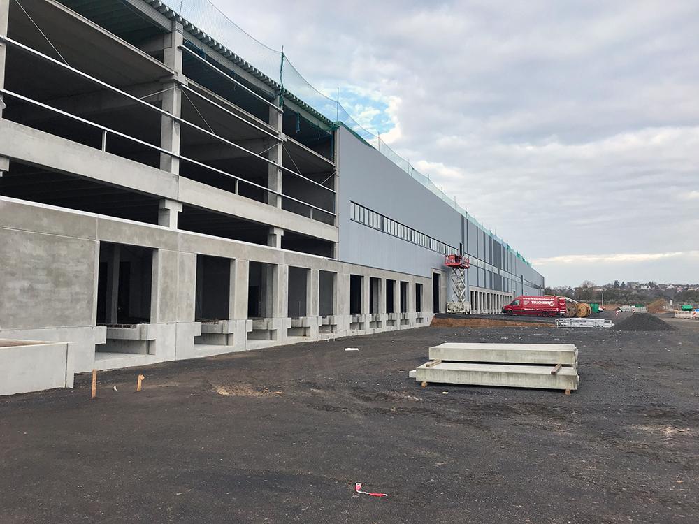 Procurement en project management voor een nieuw logistiek centrum in Hammersbach 1. fase