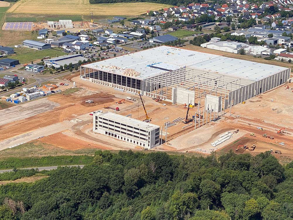 Concept consulting, inkoop en project management voor de nieuwbouw van logistieke hallen in Lich
