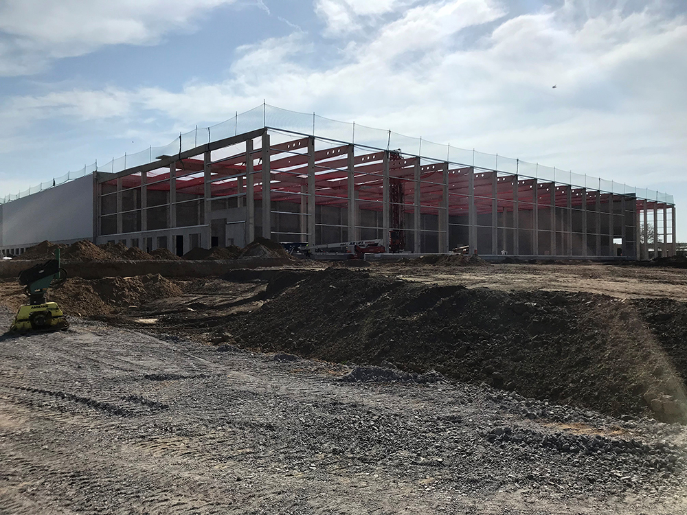 Procurement and project management for the new construction of the logistics facility in Wunstorf